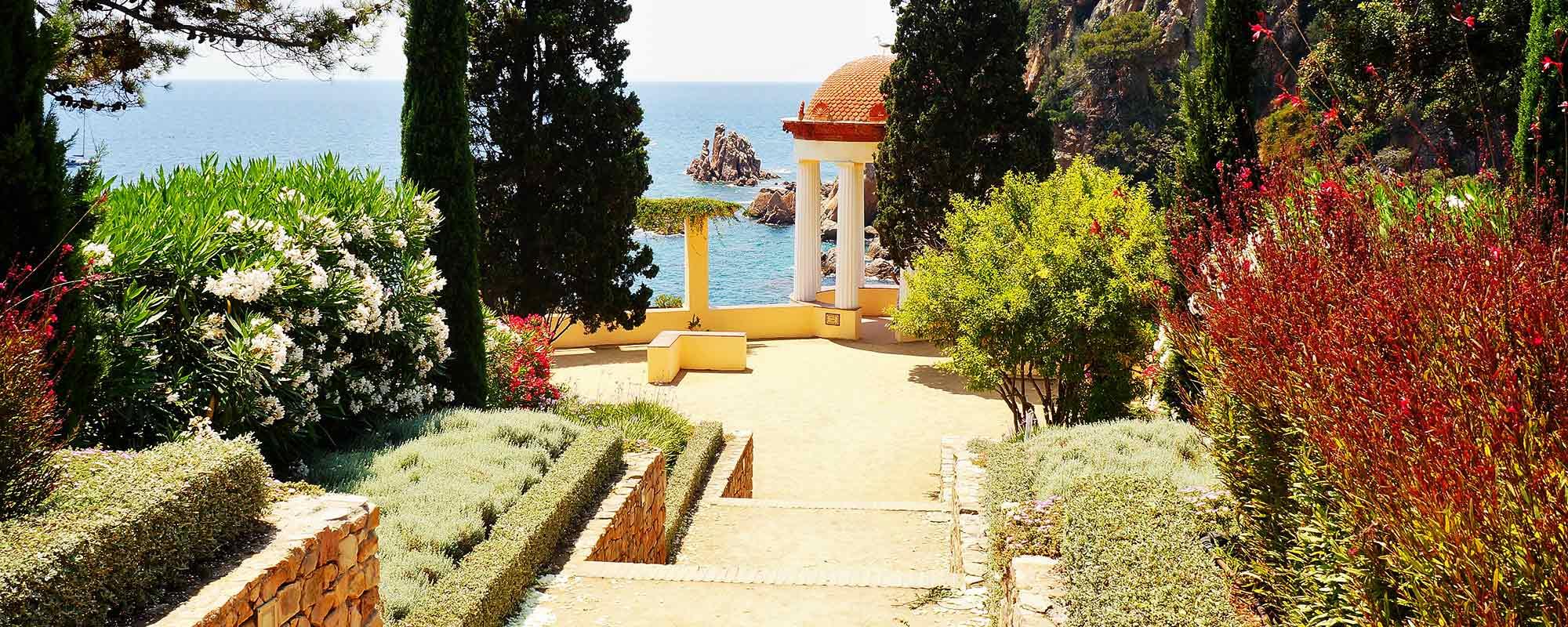 Die richtigen Pflanzen für mediterrane Gärten